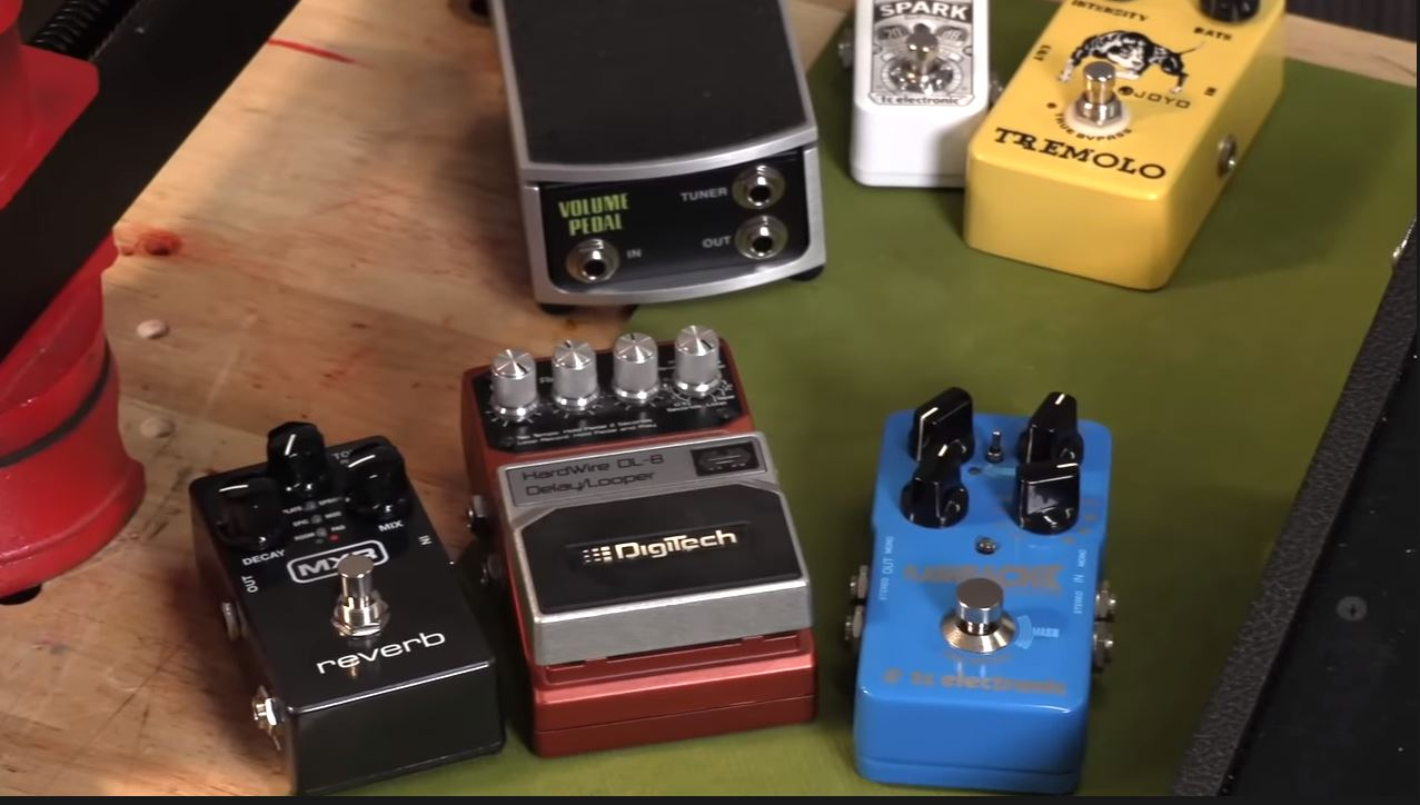 How To Order Your Guitar Pedals Correctly